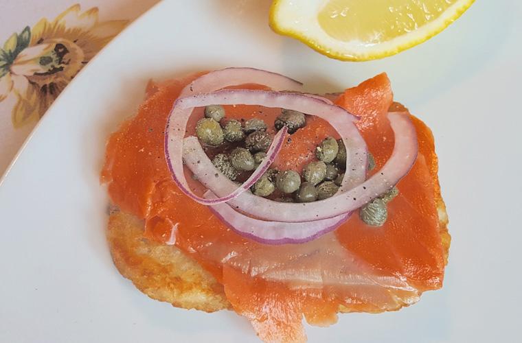 smoked-salmon-hashbrown